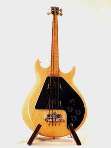 Fender VS Gibson! Les Bass Jazz Episode 1 !