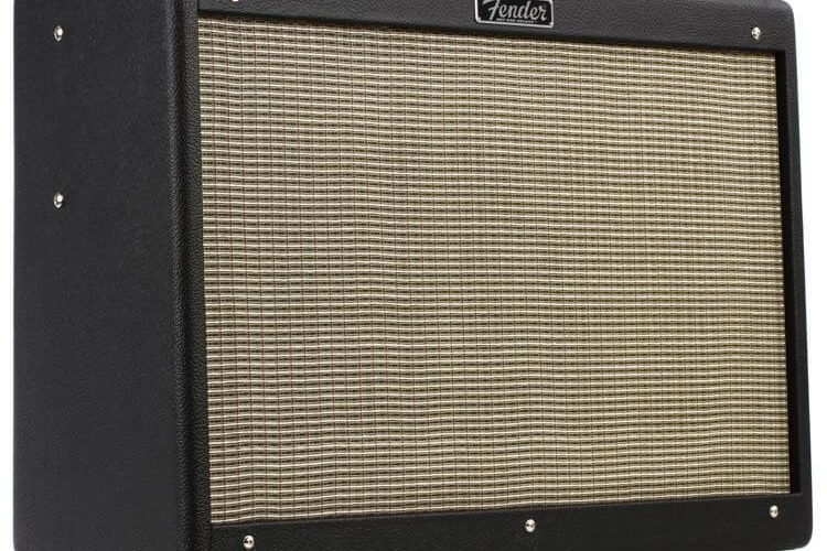 Le Fender Hot Rod Deluxe IV
